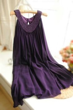 Beautiful color nd dress....