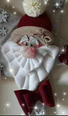 Christmas Wood, Christmas Time, Felt Crafts, Christmas Crafts, Homemade Christmas Decorations, Craft Sale, Christmas Inspiration, Christmas Tree Ornaments, Free Images