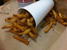 26. Five Guy's large fries are the most unhealthy in America, with nearly 1,500 calories and 71 grams of fat. | 45 Surprising Facts About Your Favorite Fast Food Restaurants