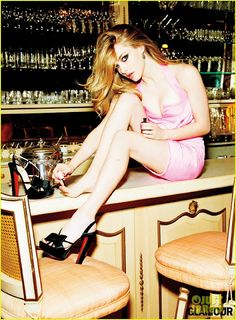 Smartologie: Amanda Seyfried for 'Glamour' Magazine March 2012