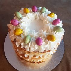 Happy Easter, Naked, Birthday Cake, Desserts, Instagram, Food, Happy Easter Day, Birthday Cakes, Postres