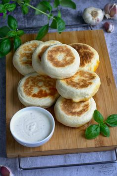 Camembert Cheese, Food To Make, Pancakes, Grilling, Lunch Box, Dinner, Cooking, Breakfast, Recipes
