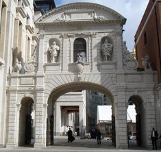 Paternoster Square-TempleBar - Temple Bar, London
