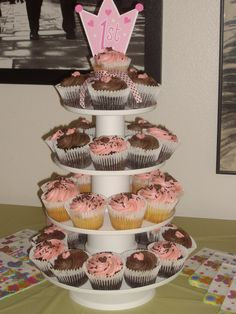 First birthday Princess cupcakes