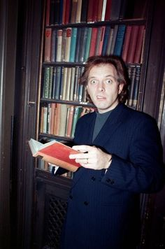 A brilliant man British Sitcoms, British Comedy, English Comedy, Rik Mayall Bottom, Ade Edmondson, Comedy Duos, Hey Good Lookin, Young Ones, Oui Oui