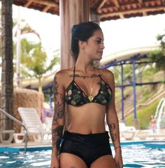 Tati Zaqui visita parque aquático Magic City Magic City, Bikinis, Swimwear, Water Playground, Bathing Suits, Swimsuits, Bikini, Bikini Swimwear, Swimsuit