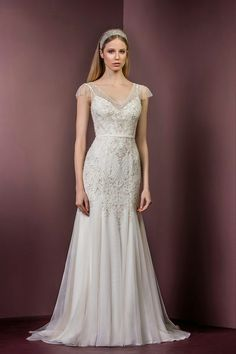 Stunning Ellis Bridals wedding gown 18036 www.timelessbride.co.uk.