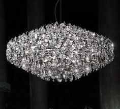 I love this chandelier!!  Wouldn't it be fabulous to have a matching wedding ring??  Dreams are beautiful.