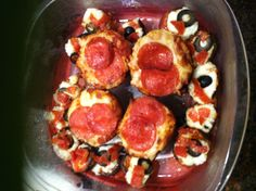 Muffin pan pizza's and carb free mushroom pizza