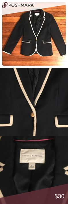 Banana Republic navy tipped blazer Perfect condition. A classic that never goes out of style. Banana Republic Jackets & Coats Blazers