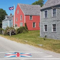 Loyalist flag on crosswalk and flying from pole on Dock Street, Shelburne, Nova Scotia #loyalistflag #loyalists #unitedempireloyalists #shelburnenovascotia #dockstreetshelburne #novascotiahistory