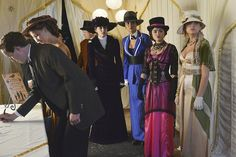 Pretty Little Liars Halloween: All the Costumes!