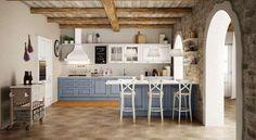 Cucine bicolore classiche - Cucine bicolore nelle tonalità dell'azzurro e del bianco.