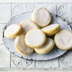 Klassiker im Mini-Format. Tip: Guss Chai Hibiskus 2Try ...Frisch schmecken die Amerikaner am besten.