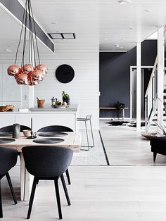 black and white decor: always in style