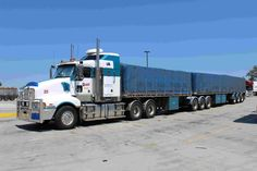 Big Banger Images Train Truck, Road Train, Semi Trucks, Big Trucks, Old Bangers, Armored Truck, Kenworth Trucks, Vehicles, Flat Bed