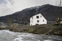 Casa em Mill Creek, Bolzano, Italy / Pedevilla Architects. Cortesia de Pedevilla Architects