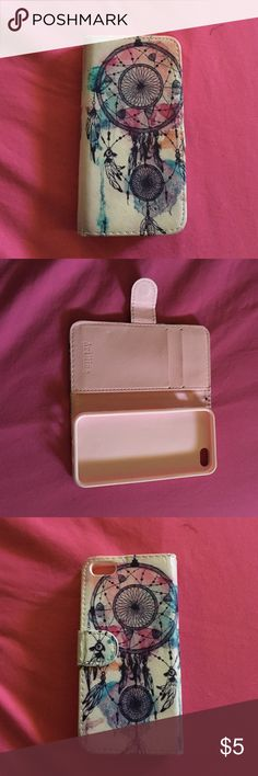 iPhone 5s phone case It's a case and a wallet mixed together rarely used great condition Accessories Phone Cases