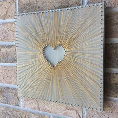 Reverse String Art Heart - Gold inspiration - larger heart so a photo can be placed in the center. Reverse String Art Heart - Gold inspiration - larger heart so a photo can be placed in the center. String Art Diy, String Art Heart, String Crafts, Diy Wall Art, Diy Wall Decor, Heart Wall Art, Motif Art Deco, Art Deco Pattern, String Art Patterns
