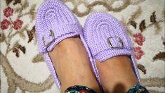 Sihirli Patik Yapımı Crochet Boots, Crochet Baby Booties, Crochet Slippers, Crochet Clothes, Sock Shoes, Baby Shoes, Flip Flop Sandals, Shoes Sandals, Chrochet