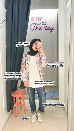 Source by minumanenak Fashion outfit Hijab Fashion Summer, Modern Hijab Fashion, Hijab Fashion Inspiration, Modest Fashion, Casual Hijab Outfit, Ootd Hijab, Hijab Chic, Airport Fashion Kpop, Hijab Style Dress