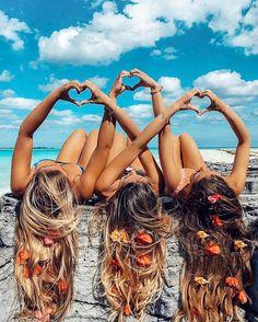 beach hair styles besties | long hair don't care | flowers