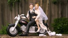 Motorcycle Cake Topper,  Biker Wedding Cake Toppers    Very realistic ... rich in detail!