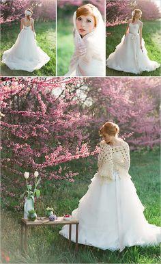 http://www.weddingchicks.com/2012/05/23/spring-bridal-session/