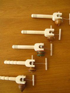 Tops / tollen gemaakt van hardhout Afzelia