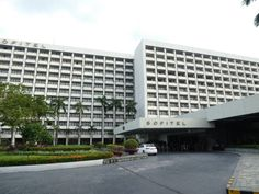 The Sofitel Philippine Plaza Manila – Love Travelling Pool Side Bar, Luxury Rooms, French Bistro, Hotel Pool, Five Star Hotel, Spiral Staircase, Stay The Night, Walk In Shower, Patio Doors