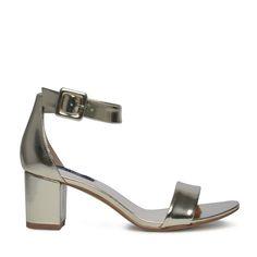 Minimal sandalen metallic goud // Damesschoenen // 49.99 // Sacha.nl