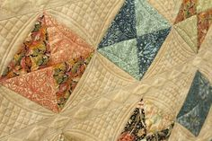 Close up of curved cross hatch quilting