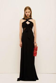 Nina Ricci Resort 2014 Fashion Show - Sasha Luss