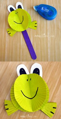 Super Cute Frog Puppet made from Cupcake Liners