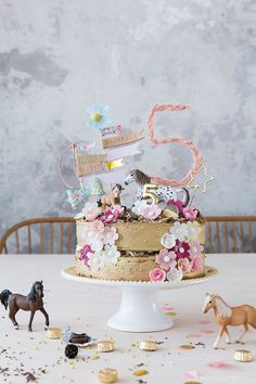 Birthday cake for the horse party on the birthday Geburtstagstorte zur Pferdeparty am Geburts Diy Birthday Cake, Birthday Cakes For Men, 5th Birthday, Birthday Parties, Small Business Cards, Love Decorations, Horse Party, Fathers Day Presents, Holiday Break