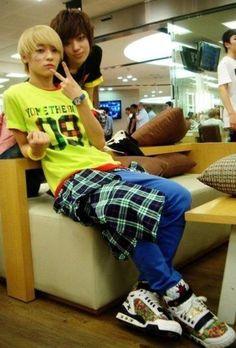 L.joe E Niel <3 L.Joe be my bias