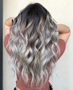 44 The Best Hair Colour Ideas For A Change-Up This Year, Gorgeous Balayage Hair Color Ideas – Blonde ombre hair, Balayage Highlights,Beachy balayage hair color – Favorites Hair Styles Ombre Hair Color, Hair Color Balayage, Cool Hair Color, Ash Blonde Balayage Silver, Light Hair Colors, Hair Colour Ideas, Greyish Blonde Hair, Grey Brown Hair, Light Brown Ombre