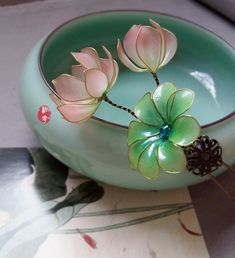 Item similar to the pink mini water lily / lotus + lotus leaf hair clip / hair comb / bridal head . - Items similar to the pink mini water lily / lotus + lotus leaf hair clip / hair comb / bridal headw - Nylon Flowers, Wire Flowers, Kanzashi Flowers, Flowers In Hair, Nail Polish Flowers, Nail Polish Crafts, Headpiece Wedding, Bridal Headpieces, Wire Crafts