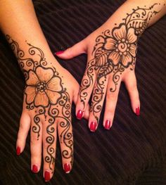 "Henna Party for a Belly Dance Troop in El Paso Texas. Visit FB Like ""Henna By Cyn""."