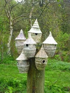 Pauline Lee: Birdsville - ceramic nesting pots: garden sculpture Pauline Lee: Birdsville - ceramic n Bird House Feeder, Bird Feeders, Ceramic Birds, Ceramic Bird Houses, Bird Boxes, Galleries In London, Fairy Houses, Little Houses, Garden Art