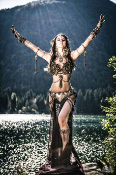 // Model: Vesna Zorman // Photo: Al Bruni // #Dance #Bellydancer