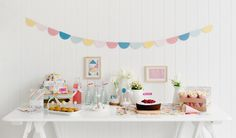 Brighten up your birthday party and inspire others with these gorgeous styling tips. Take the opportunity to unleash your creativity and turn your space into a style haven using the ideas below and adding your own unique touches.
