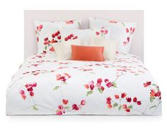 Schlossberg of Switzerland Loraine - The individual blossom leaves appear in a filigree water colour effect. Schlossberg excels at jacquard and sateen woven fabrics of high thread counts which become exquisite bed linens of heirloom quality. #DuvetCovers #Pillowcases #Shams #BedLinen #FloralBedding #LuxuryBedLinens #ElegantLinens #SophisticatedLinens https://opulenceofsouthernpines.com/bed/designer-bedding/schlossberg/schlossberg-of-switzerland-loraine
