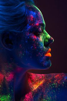 About Fluorescent Tattoos – My hair and beauty Neon Photography, Photography Lessons, Creative Photography, Portrait Photography, Glow Paint, Neon Painting, Neon Aesthetic, Creative Portraits, Portrait Art