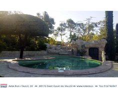 Piscina de  FERRÓN@PISCINAS. Otro ángulo de la hermosa piscina desbordante con cascada.