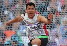 احسان حدادی (زادهٔ ۳۰ دی ۱۳۶۳[۱] در تهران) پرتابگر دیسک ایرانی و رکورددار فعلی پرتاب دیسک ایران و آسیا با حد نصاب ۶۹٫۳۲ متر است. Ehsan Haddadi  is an Iranian discus thrower. He is 193 cm and 127 kg
