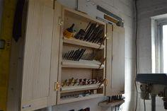 Flip Tray Drill Bit Organizer And Storage Cabinet | Free DIY Plans | Woodwork Junkie