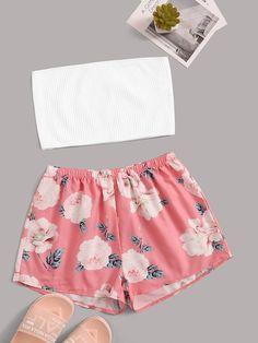 Jul 2019 - Rib-knit Bandeau With Floral Shorts PJ Set Check out this Rib-knit Bandeau With Floral Shorts PJ Set on Shein and explore more to meet your fashion needs! Cute Girl Outfits, Cute Summer Outfits, Swag Outfits, Cute Casual Outfits, Outfits For Teens, Chic Outfits, Girls Fashion Clothes, Summer Fashion Outfits, Girl Fashion