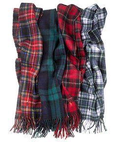 plaid wool scarves (via Polo Ralph Lauren Scarf, Wool-Blend Plaid - Hats, Gloves & Scarves - Men - Macy's) Tartan Mode, Tartan Plaid, Tartan Fashion, Fashion Outfits, Wool Scarf, Plaid Scarf, Diy Scarf, Bleu Marine, Autumn Winter Fashion