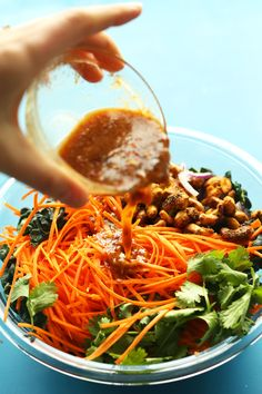 EASY Thai Carrot Salad with Curried Cashews! Spicy, sweet, crunchy and SO flavorful!